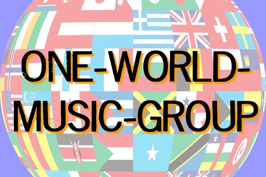 Weltkugel aus Flaggen verschiedener Länder, davor Schriftzug ONE-WORLD-MUSIC-GROUP