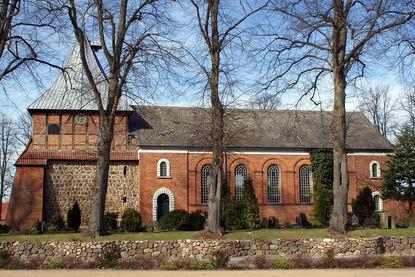 Kirche St. Dionys und St. Jakobus in Lütau - Copyright: Manfred Maronde