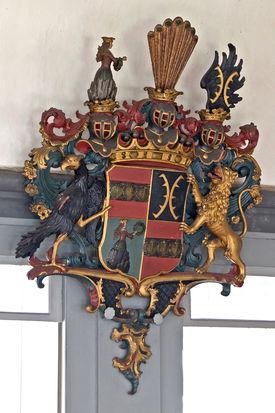 Wappen an der Kirchenwand in St. Johannis Siebeneichen - Copyright: Manfred Maronde