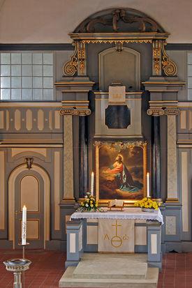 Blick auf den Altar von St. Johannis Siebeneichen