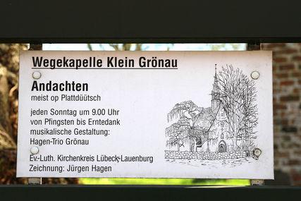 Bis Erntedank finden in der Wegekapelle Klein Grönau wieder die Plattdüütschen Andachten statt. - Copyright: Steffi Niemann
