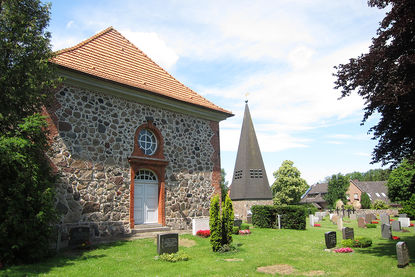 St.-Andreas-Kirche Sahms Außenansicht 2