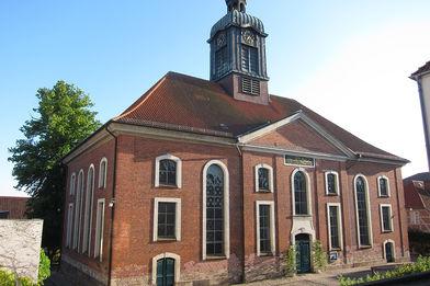 Blick auf die Vorderseite von St. Petri Ratzeburg