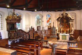 Blick von der Empore durch den Innenraum - Copyright: Ev.-Luth. Kirchenkreis Lübeck-Lauenburg