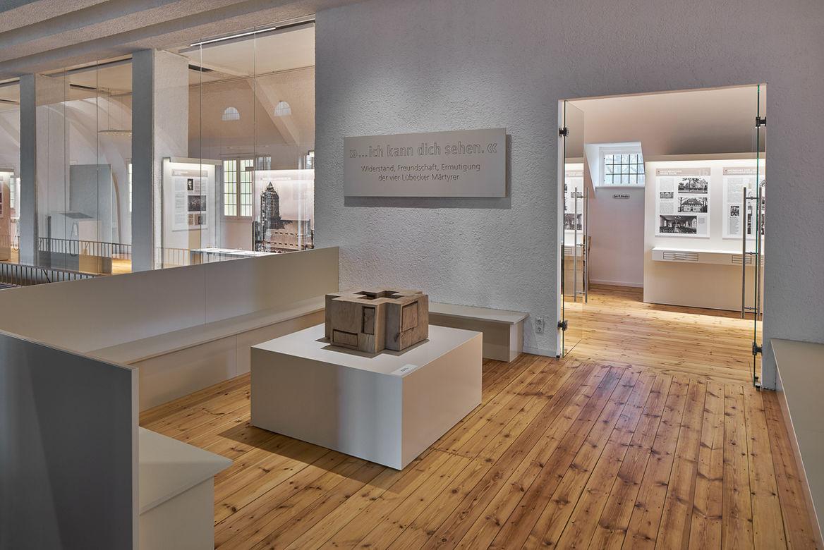Luther Melanchthon Eingang Ausstellung