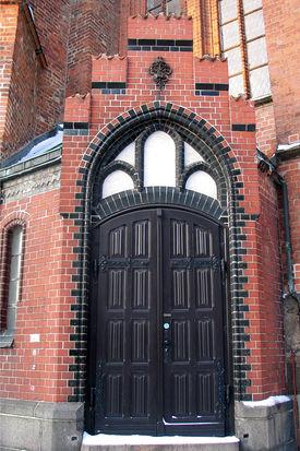 Außenansicht eines Seiteneingangs - Copyright: Ev.-Luth. Kirchenkreis Lübeck-Lauenburg