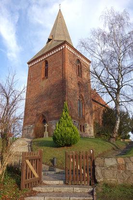 Die Außenansicht der Maria-Magdalenen-Kirche in Berkenthin
