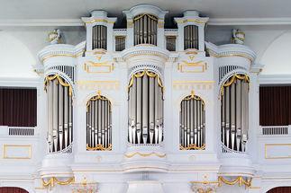 Bei vielen Konzerten und muskalischen Gottesdiensten in Lübeck und Lauenburg steht die Orgel im Mittelpunkt (Foto: Manfred Maronde)