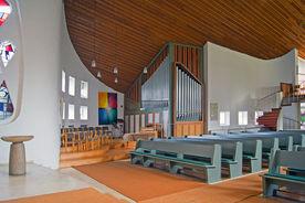 Blick durch den Innenraum von St. Philippus vom Altar aus - Copyright: Manfred Maronde
