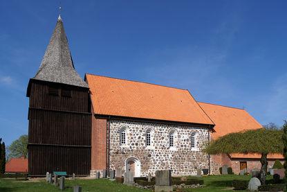 Kirche St. Marien in Gudow - Copyright: Manfred Maronde