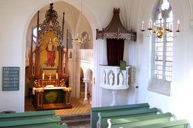 Der Innenraum der Katharinenkapelle in Witzeeze