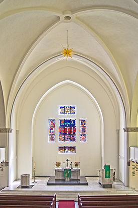 Blick von der Empore in den Chorraum von St. Gertrud - Copyright: Manfred Maronde