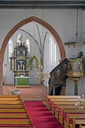 Innenraum der St.-Willehad-Kirche in Groß Grönau - Copyright: Manfred Maronde