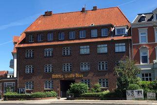 Das Gemeindehaus von St. Aegidien in Lübeck ist das Andreas-Wilms-Haus - Copyright: Katja Launer
