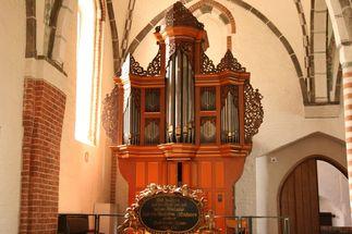 Die Orgel von St. Johannis Krummesse ist eine von drei Stationen der 1. Lauenburger Orgelfahrt