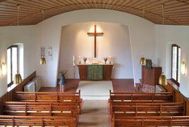 Blick von der Empore in Innnere der Maria-Magdalenen-Kapelle Talkau - Copyright: Manfred Maronde