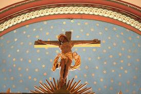 Das Altarkreuz der Kirche in Nusse