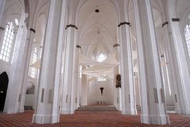 Blick durch den Innenraum von St. Petri - Copyright: Ev.-Luth. Kirchenkreis Lübeck-Lauenburg