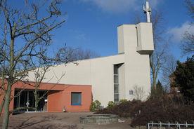 Außenansicht der Kreuzkirche - Copyright: Ev.-Luth. Kirchenkreis Lübeck-Lauenburg