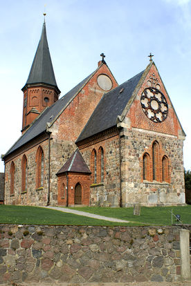 Die Außenansicht der Kirche in Breitenfelde