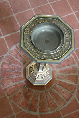 Das Taufbecken von St. Johannis Siebeneichen