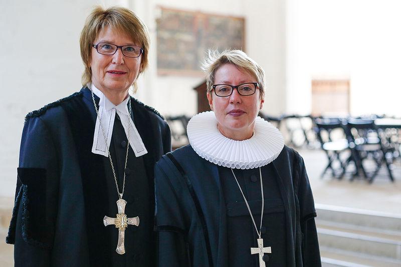 Frauke Eiben und Petra Kallies empfehlen den Kirchengemeinden im Kirchenkreis Lübeck-Lauenburg bis Ende April auf Gottesdienste und Veranstaltungen zu verzichten.