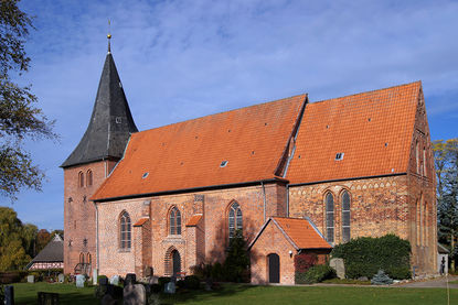 Kirche St. Willehad - Copyright: Manfred Maronde