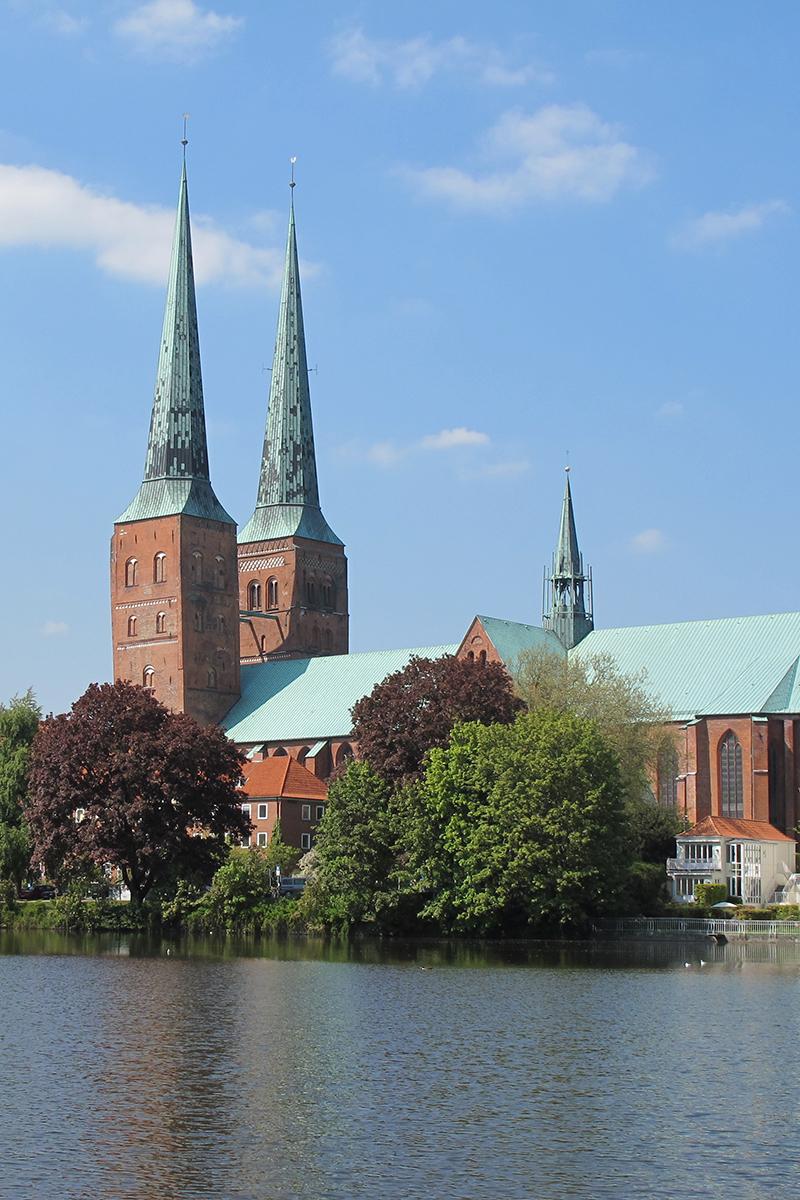 Außenansicht Dom zu Lübeck - Copyright: Ev.-Luth. Kirchenkreis Lübeck-Lauenburg