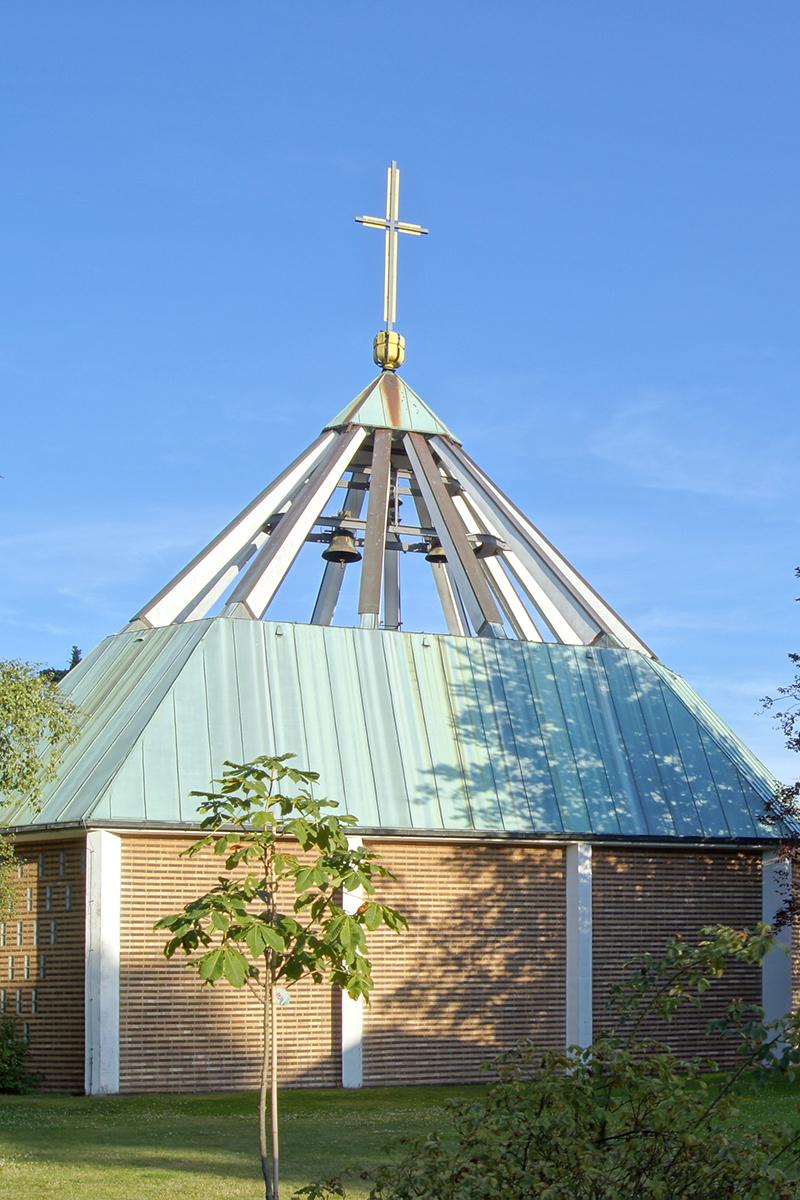 Außenansicht der St.-Martin-Kirche in St. Jürgen - Copyright: Manfred Maronde